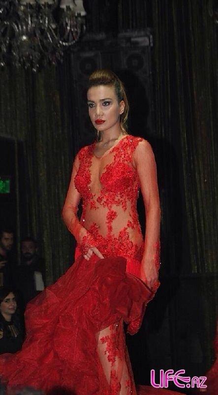 Модель из Азербайджана приняла участие в показе одежды известного турецкого дизайнера