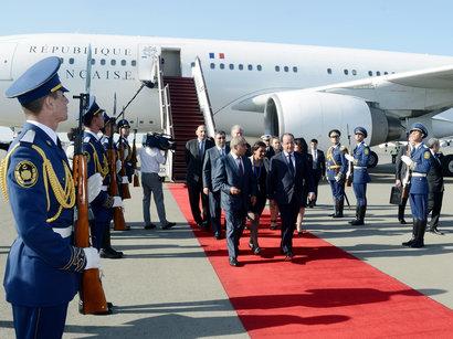 Президент Франции прибыл с официальным визитом в Азербайджан