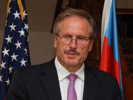 Посол США: «Мы серьезно возражаем против применения и распространения оружия массового поражения»