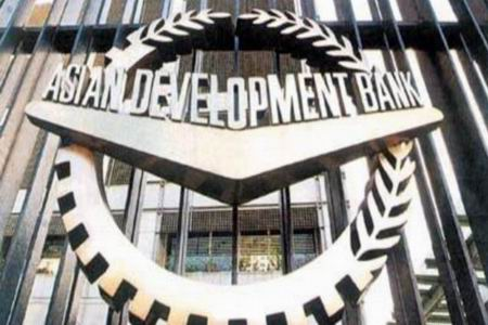 АБР готов расширить финансирование проектов в Азербайджане в новых сферах