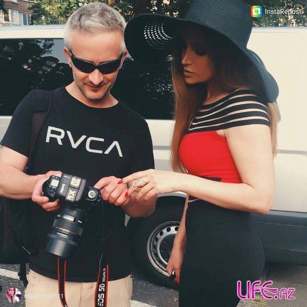 Азербайджанская певица снимает фотосессию в Лондоне [Фото]