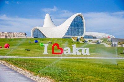 В общественных местах Баку расширен охват бесплатным Wi-Fi