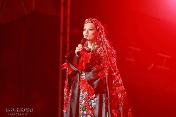 Грандиозный новогодний концерт с  участием азербайджанских и турецких звезд
