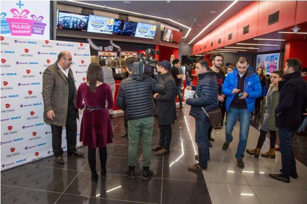 В Азербайджане состоялся показ фильма Джон Уик 2 за несколько дней до миров ...