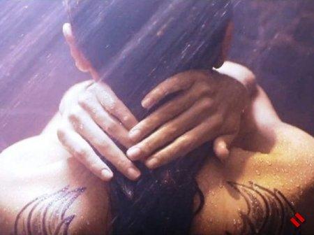 Страстный поцелуй Оксаны Расуловой и Эльшада Хосе