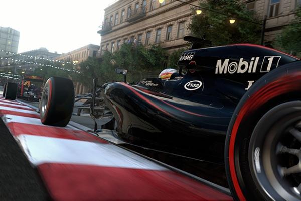 В Баку проходит второй день Гран-при Азербайджана Формулы 1