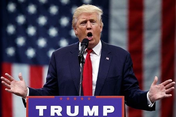 """Трамп: """"Перенос посольства США в Иерусалим займет больше года"""""""