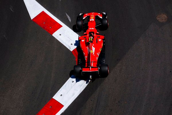 Даниэль Риккардо стал победителем Гран-при Азербайджана Формулы 1