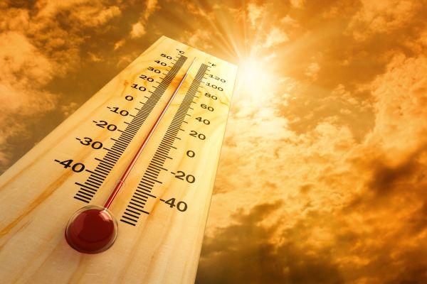 В Баку зарегистрирована рекордно высокая температура