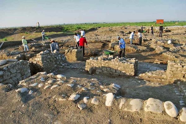 В Азербайджане нашли украденные археологические находки