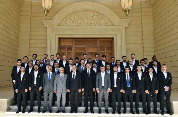 Президент Азербайджана принял членов футбольного клуба «Карабах»
