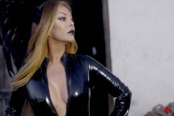 Айгюн Кязымова презентовала бэкстейдж со съемок клипа «Cücələ ...
