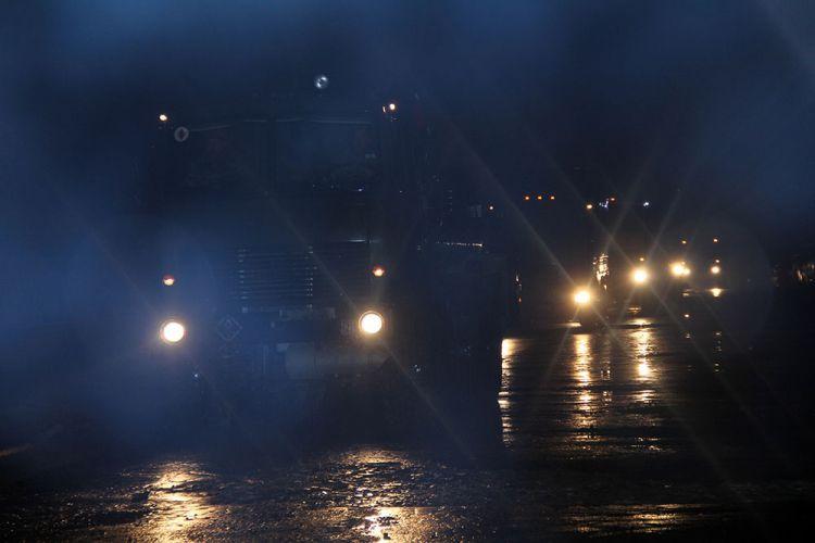 В ходе учений проведена передислокация войск в ночное время суток