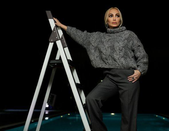 Нура Сури презентовала клип