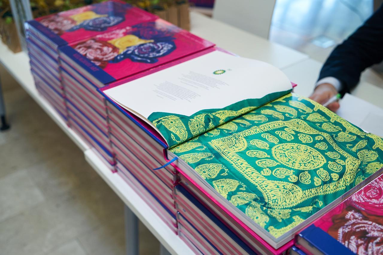 Состоялась презентация книги «Искусство келагаи»