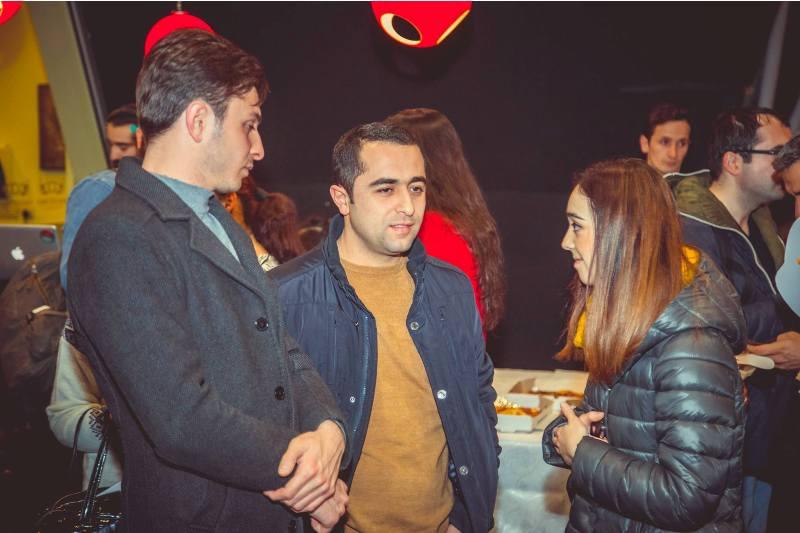 Гринч чуть не украл премьеру в Баку