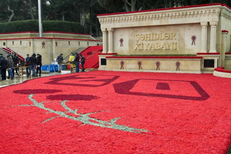 В Азербайджане отмечают 29-ю годовщину трагедии 20 Января