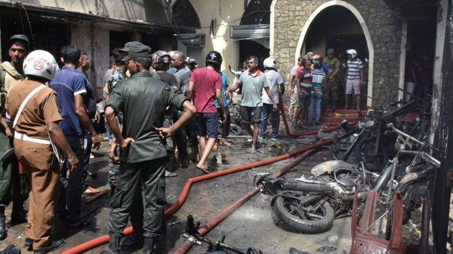 Восемь взрывов в отелях и церквях на Шри-Ланке: больше 160 жертв