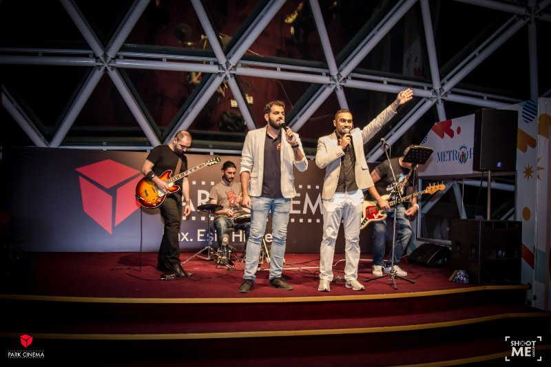 "Живой концерт на премьере ""Yesterday"""