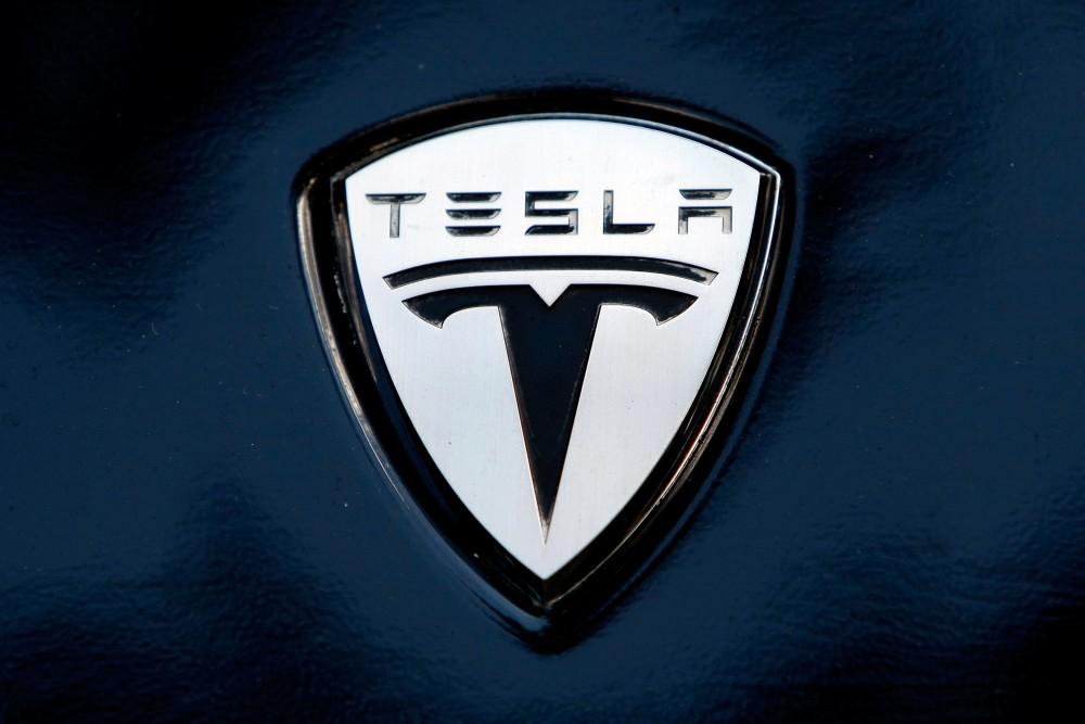 Китай будет субсидировать производство автомобилей Tesla на заводе в Шанхае