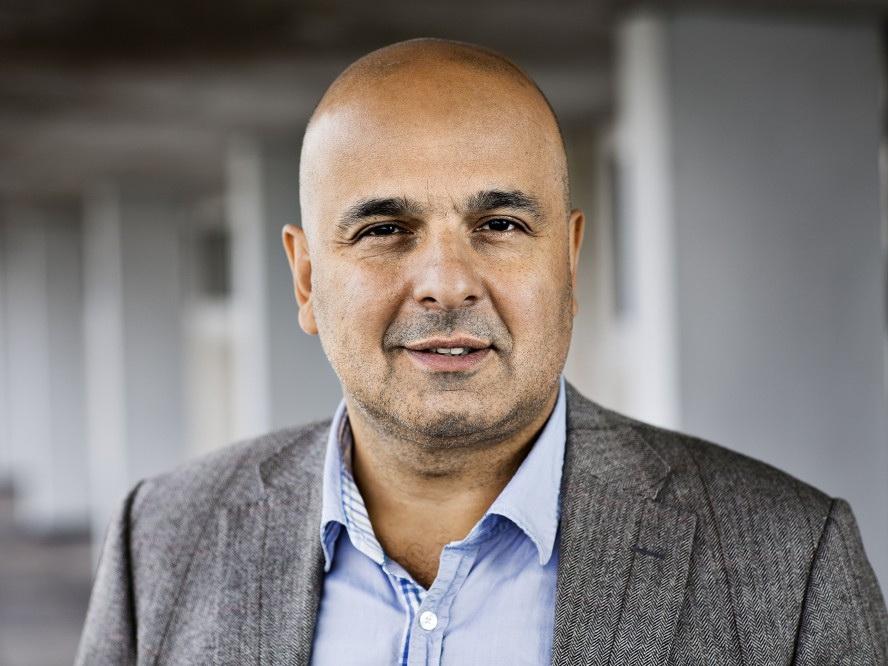 Всемирно известный азербайджанский врач удостоен награды престижного фонда
