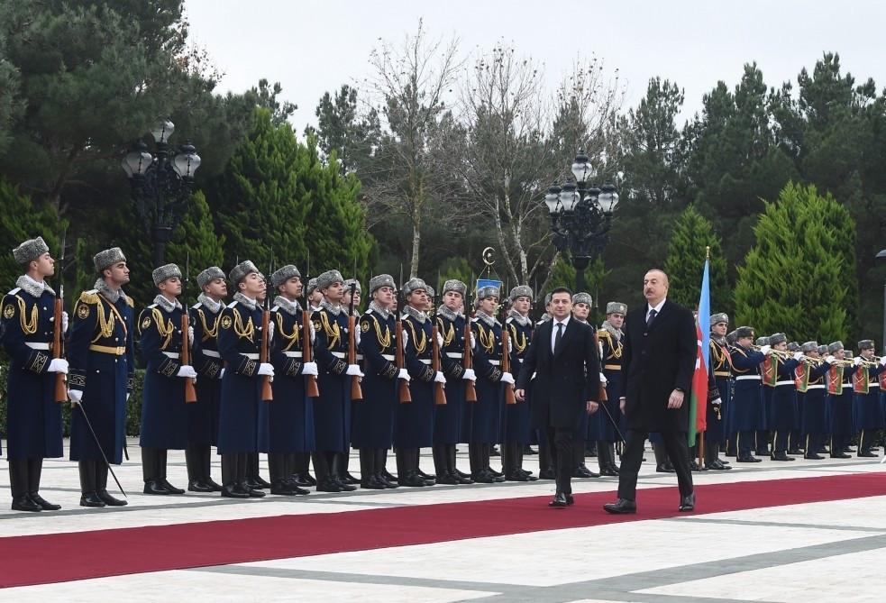 Состоялась церемония официальной встречи Владимира Зеленского
