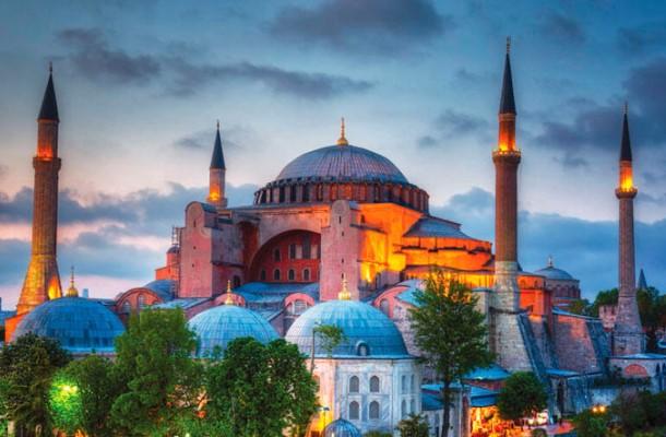 Богослужения в мечети Айя-Софии начнут проводить с 24 июля