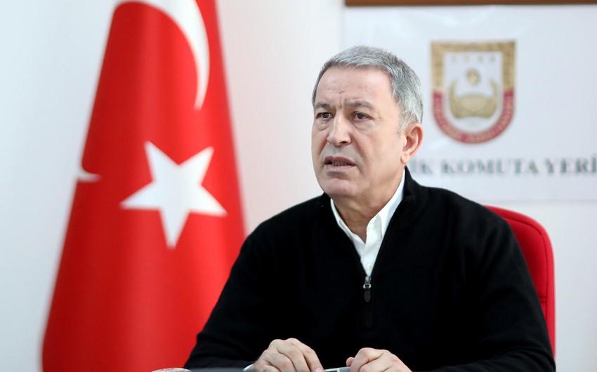 Хулуси Акар: Турция направила в Карабах 60 военнослужащих