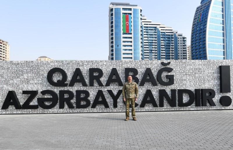 Ильхам Алиев принял участие в открытии Парка военных трофеев в Баку