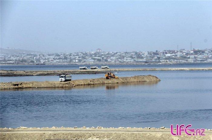 В Беюк Шоре началась очистка загрязненных вод